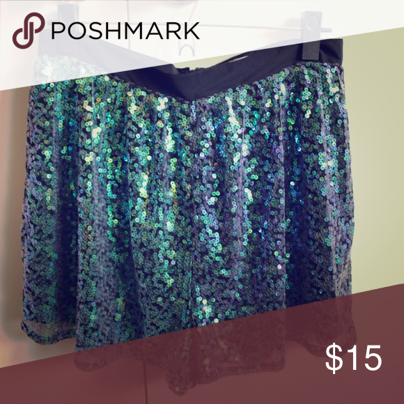 Sparkling party shorts by BCBGgeneration Perfect for a night out or a special occasion. Comfy and well fitted. Looks great with a black crop top or a long-sleeved body BCBGeneration Shorts Skorts