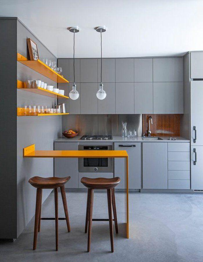 perlgraue Farbe für die Küche eine orange Theke hängende Lampen - küche welche farbe