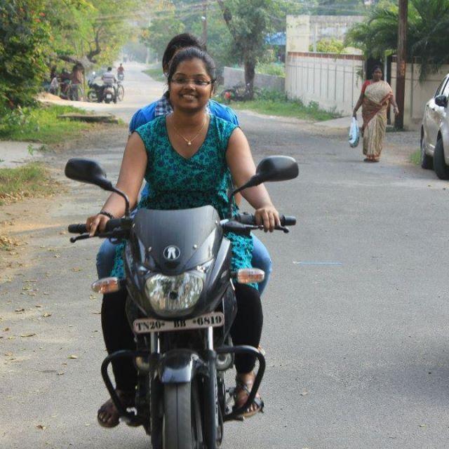 Indian girls on bikes-6256