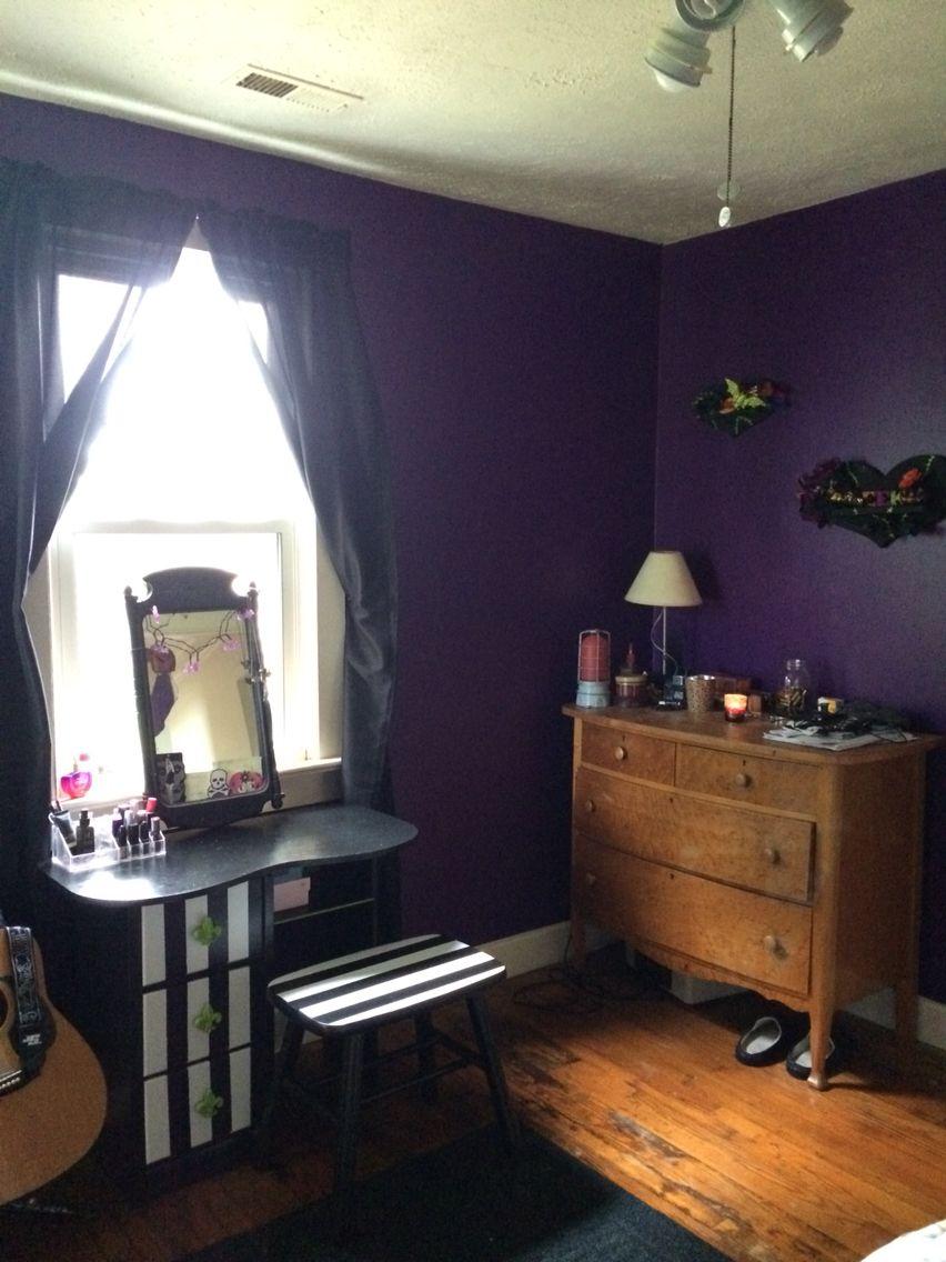 beetlejuice room decor