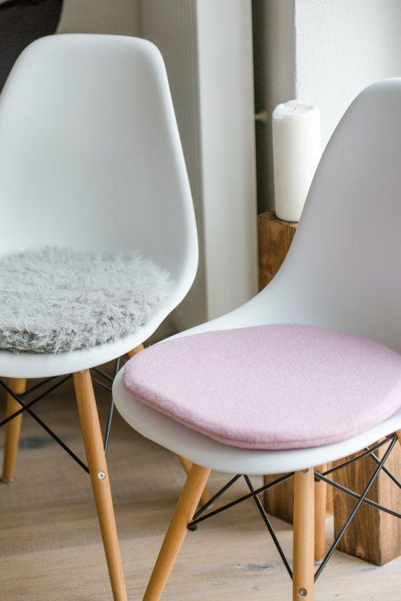 Uberlegen Stuhlkissen In Rosa Passend Für Eames Chair Von PomponettiInterior