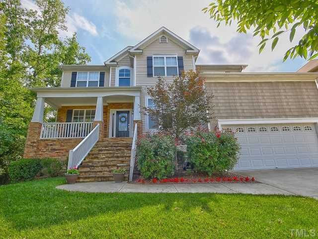9205 Linslade Way Wake Forest Nc 27587 Pinned From Www Coldwellbanker Com Finding A House Outdoor Decor Real Estate