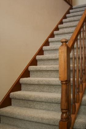 Best Textured Carpet On Stairs With Images Textured Carpet 400 x 300