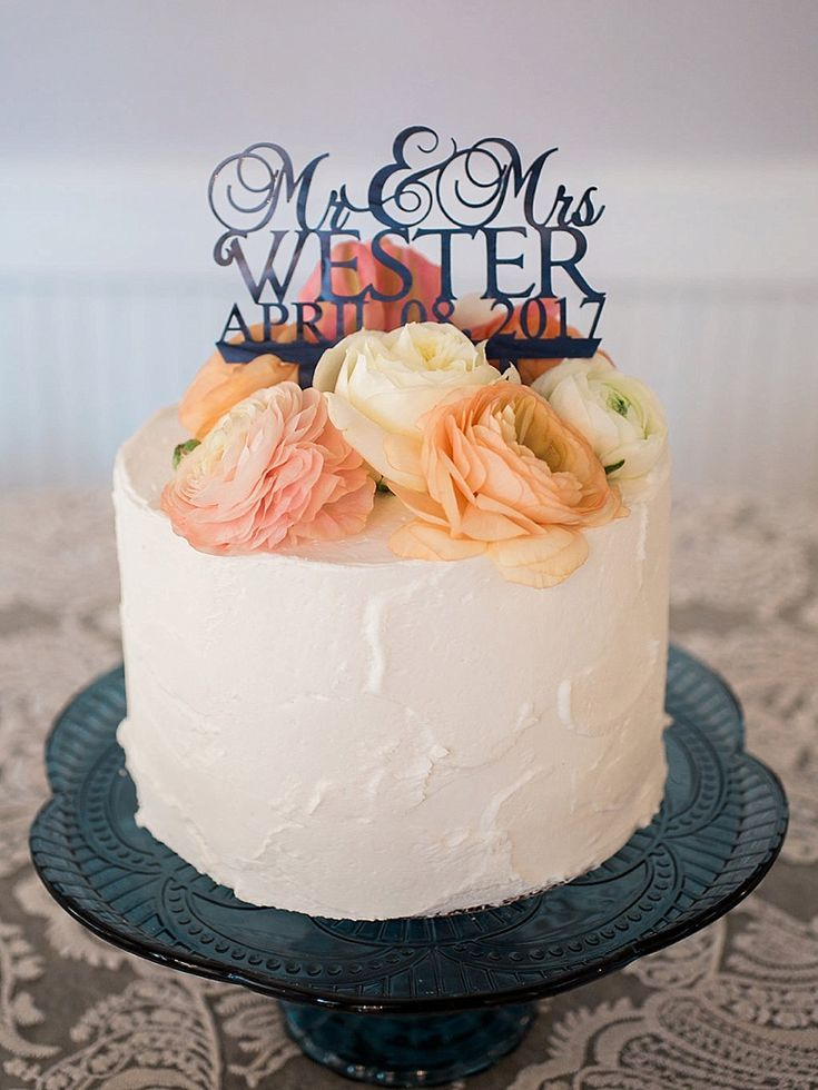 Chic north carolina wedding metallic wedding cakes cake
