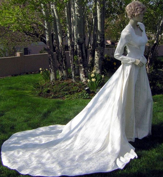 30s 40s Wedding Dress Slim Gown Long Train Rich Vintage