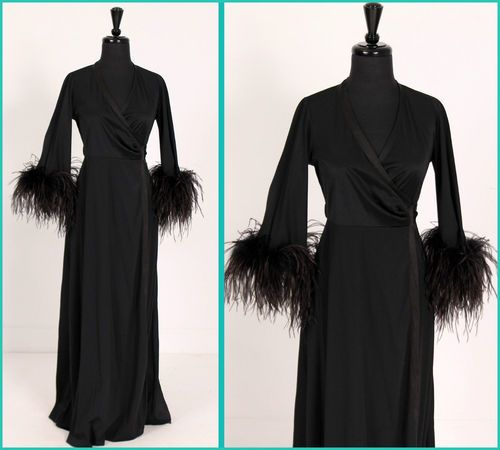 Feather Dressing Gown: Vintage Montenapoleone Ostrich Feather Cuff Wrap Goth