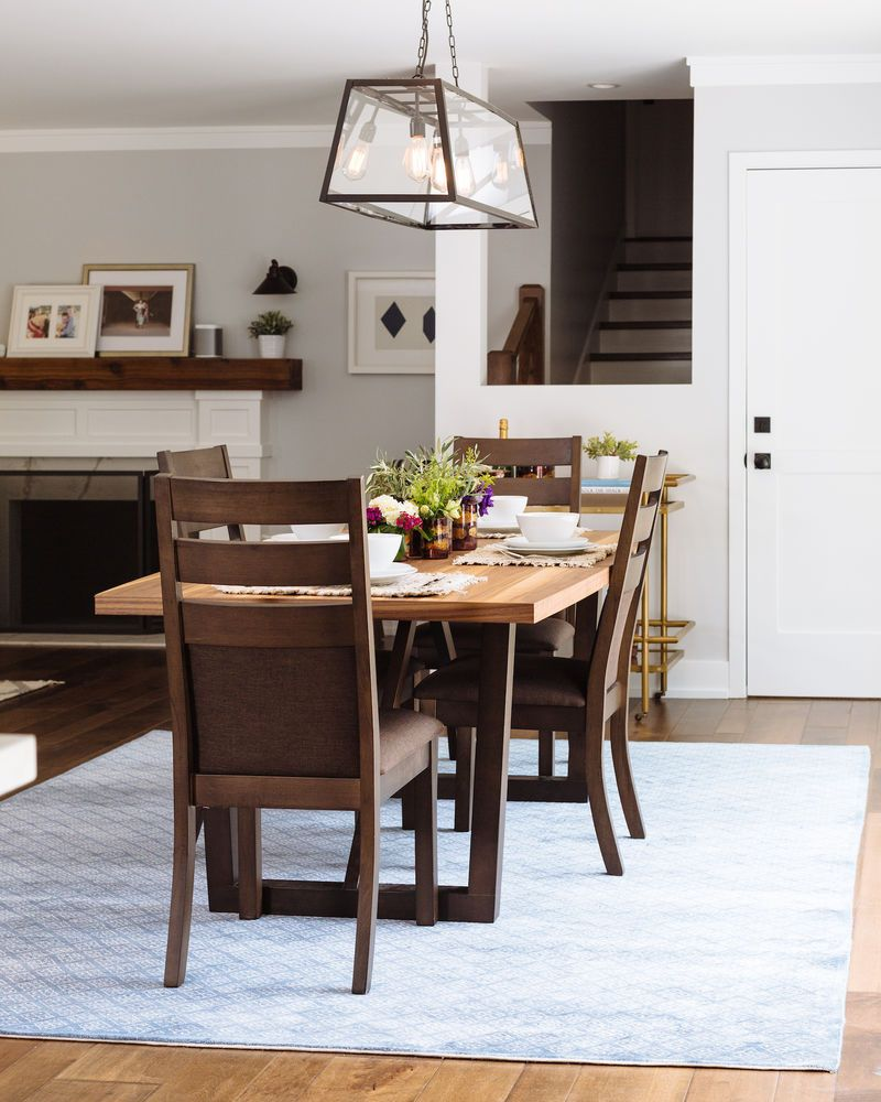 Winners Only 72 Venice Dining Table