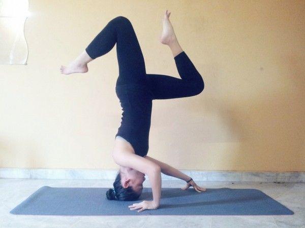 Yoga Pose Weekly » Upload to winTripod Headstand Pose ...