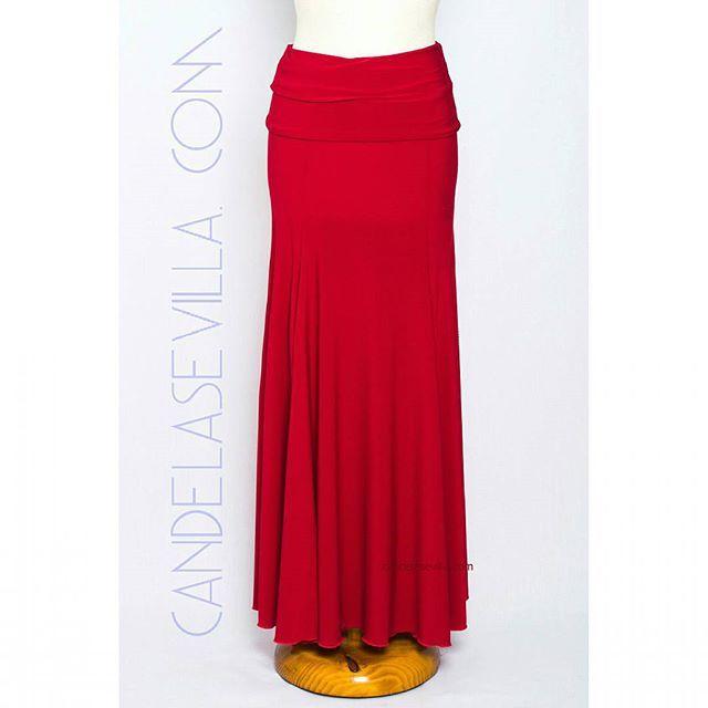 Falda de ensayo roja. Licra