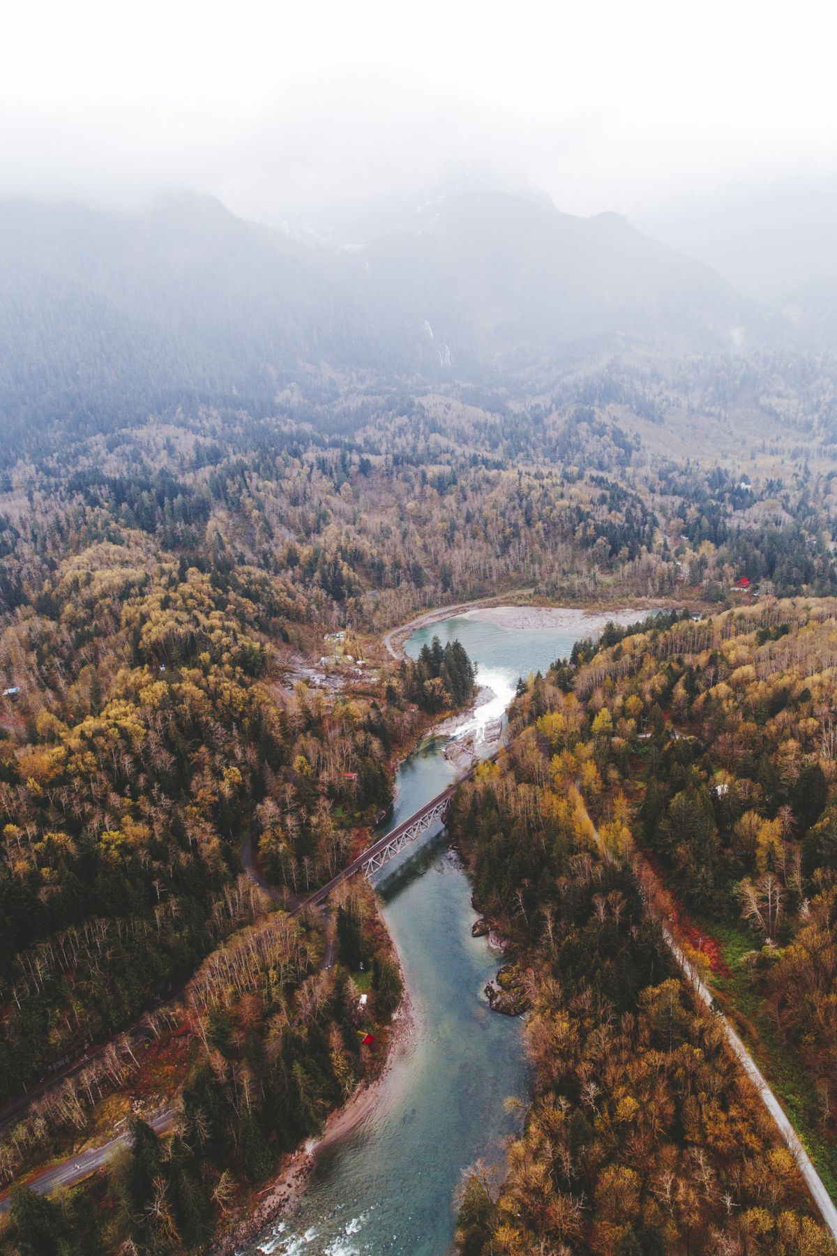 The landscape photography below was taken by Alex Strohl in Cascades Heli which is based in Mazama, Washington, USA. Alex is a French photographer