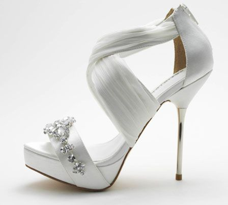 david tutera has a brand new bridal shoe collection and i ve got the pictures for you save the date