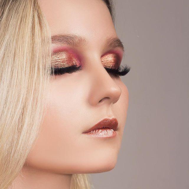 #OFRA#ofracosmetics  MAKEUP @limia_mua MODEL @centamelnicova EYELASHES @ilashyou.ru  EYESHADOW@ofracosmetics SIGNATURE SHADOW SET - RADIANT EYES LIPS: @ofracosmetics liquid lipstick #versailles Use code PINNER for 30% off! https://www.ofracosmetics.com/collections/palettes/products/signature-shadow-set-radiant-eyes