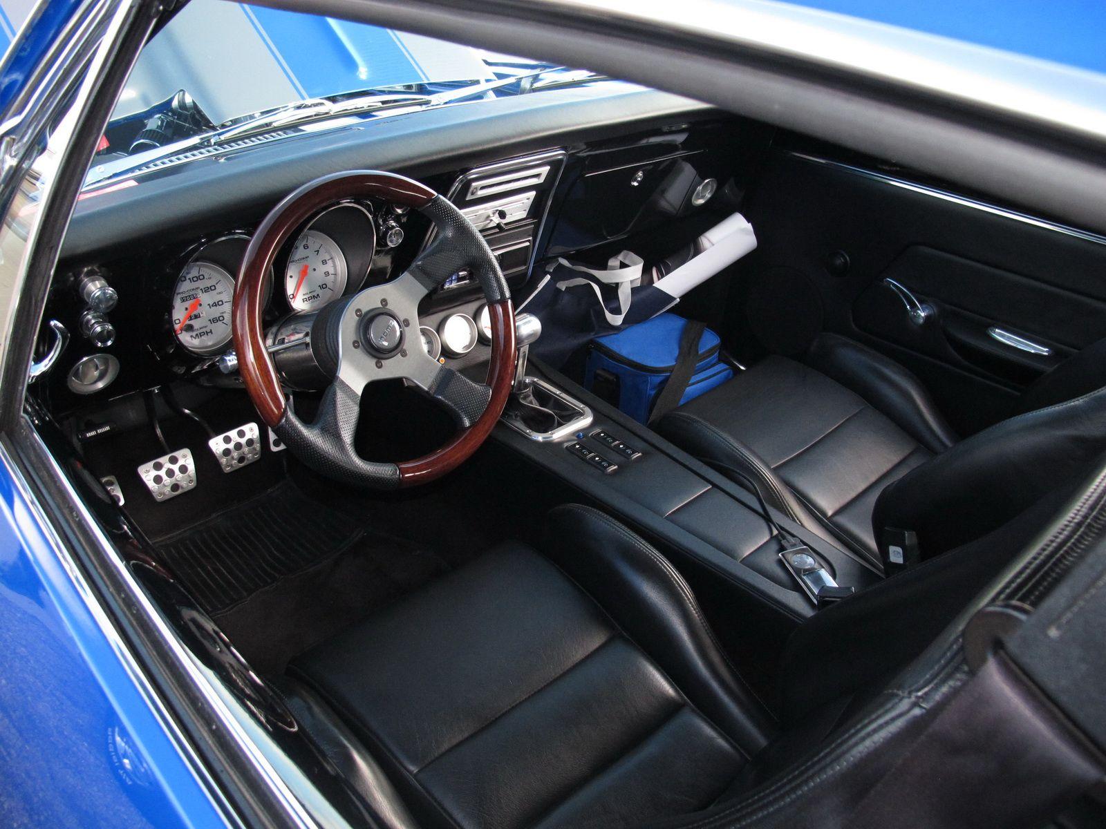 Best Of The Best Chevy Gms Super Chevy Auto Show Camaro Interior Camaro Custom Car Interior