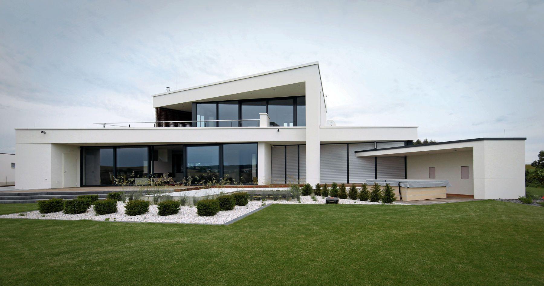 Fantastisch Flachdachhaus 1,5 Geschossig Mit Staffelgeschoss Als Individuell Geplantes  Einfamilienhaus.