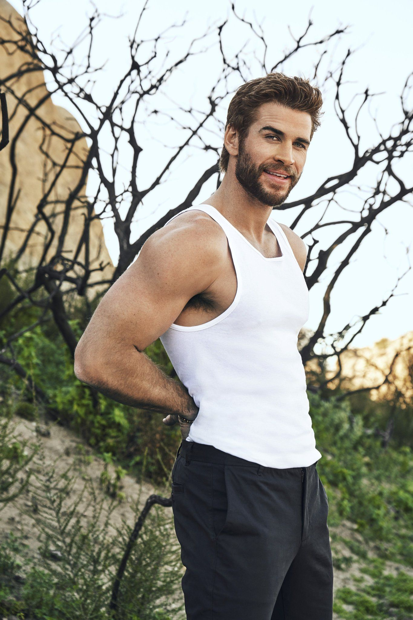 Liam Hemsworth Sexy (5 Photos) - The Male Fappening