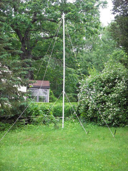 Hops Trellis That Suspends The Hops From Lines On Pulleys 400 x 300