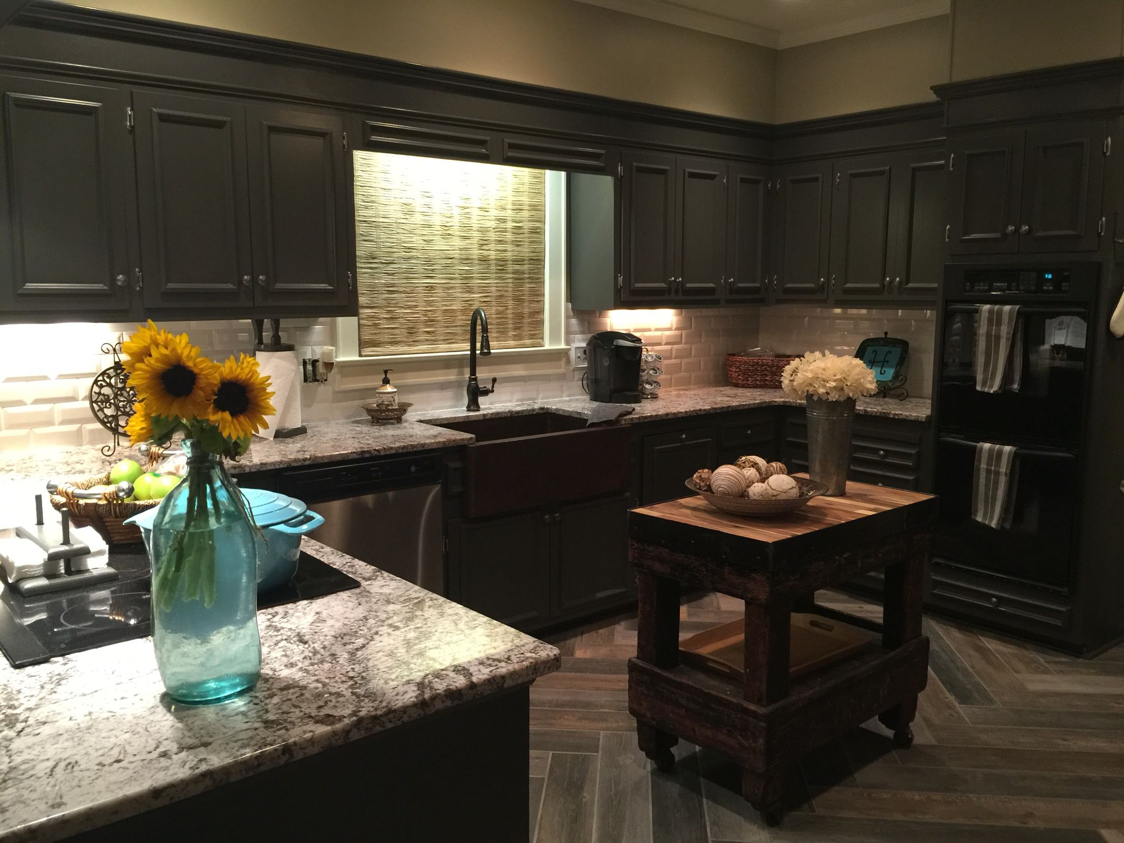 My farmhouse funky kitchen bianco antico granite sherwin my farmhouse funky kitchen bianco antico granite sherwin williams urbane bronze painted kitchen cabinets dailygadgetfo Images