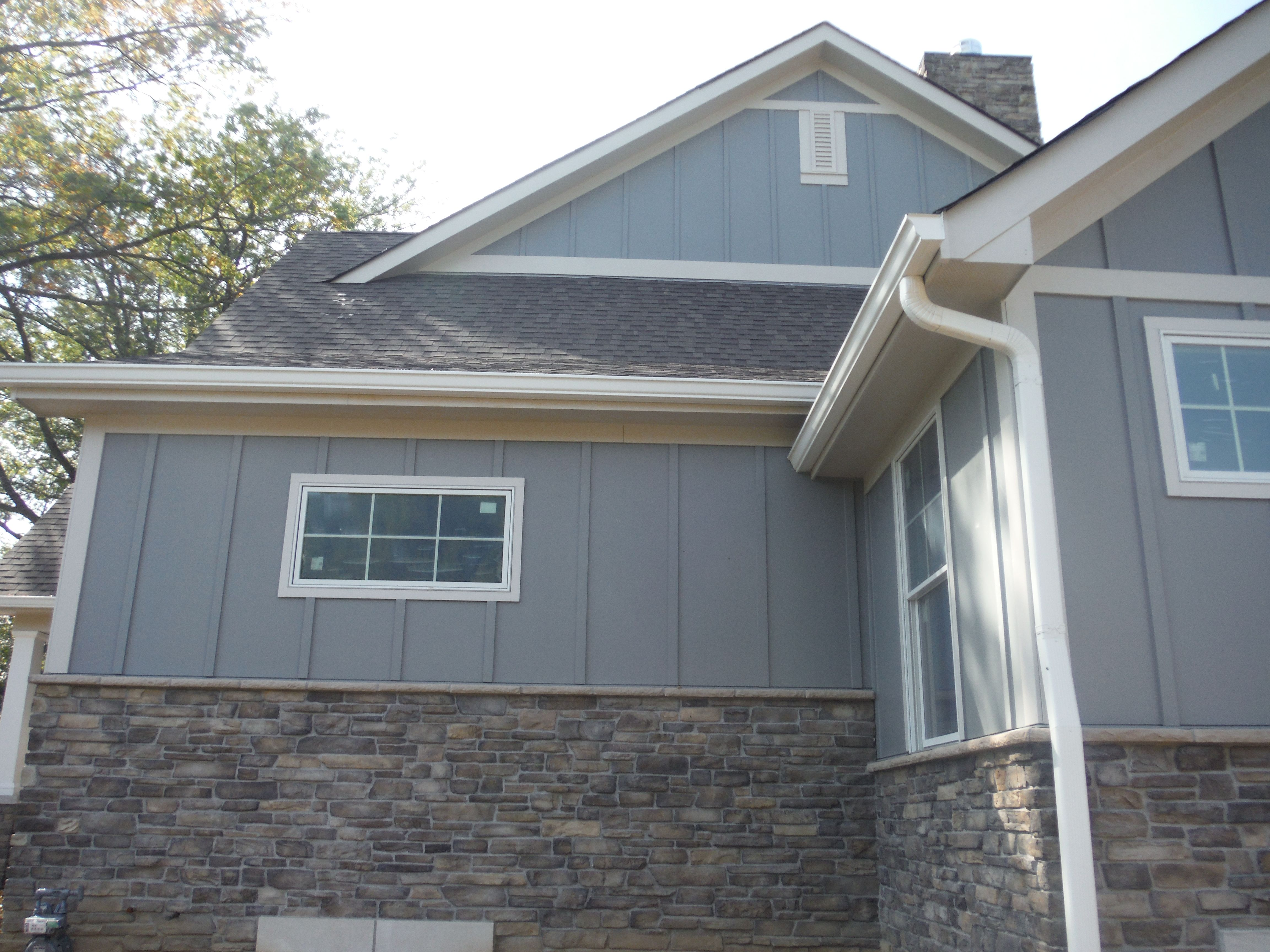 Side Of The House In Hardie Board And Batten Gray Slate White Exterior Houses Best Exterior House Paint Wood Siding Exterior