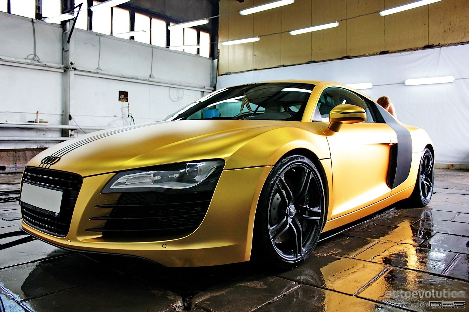 matte gold audi r8 in russia photo gallery 1 620 1 080 pixels cars pinterest audi. Black Bedroom Furniture Sets. Home Design Ideas