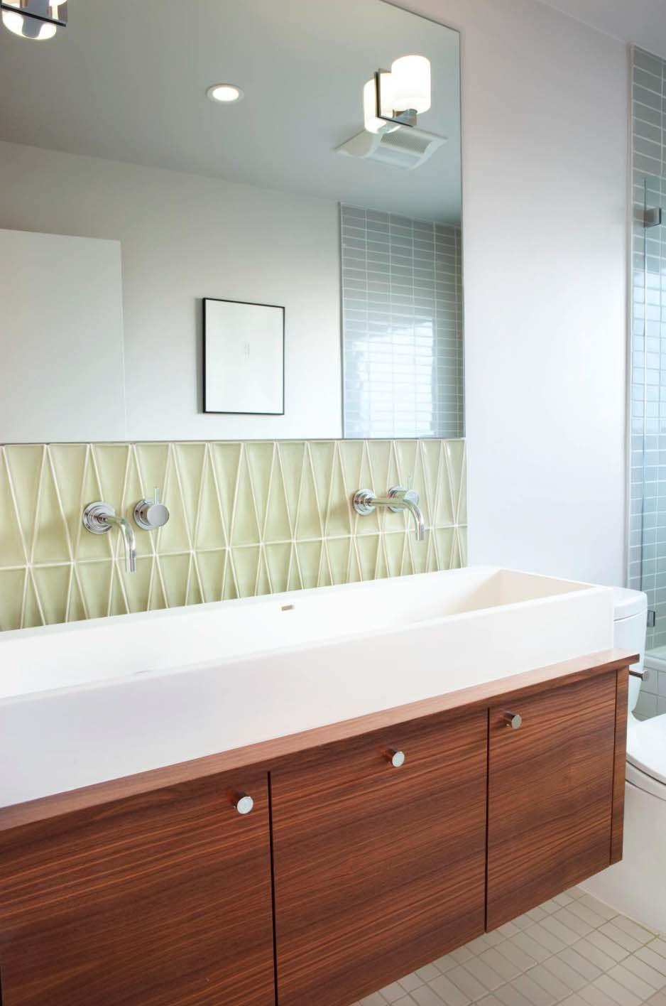 Best 37 Amazing Mid Century Modern Bathrooms To Soak Your 640 x 480
