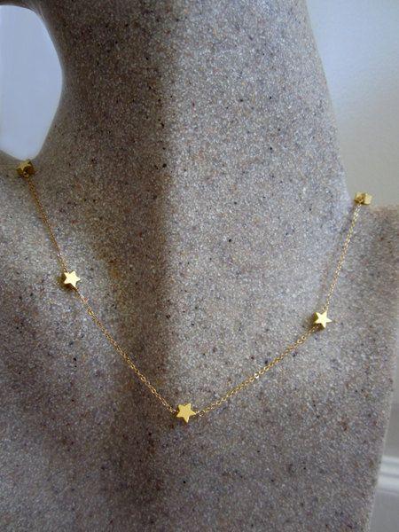 7 tiny star necklace