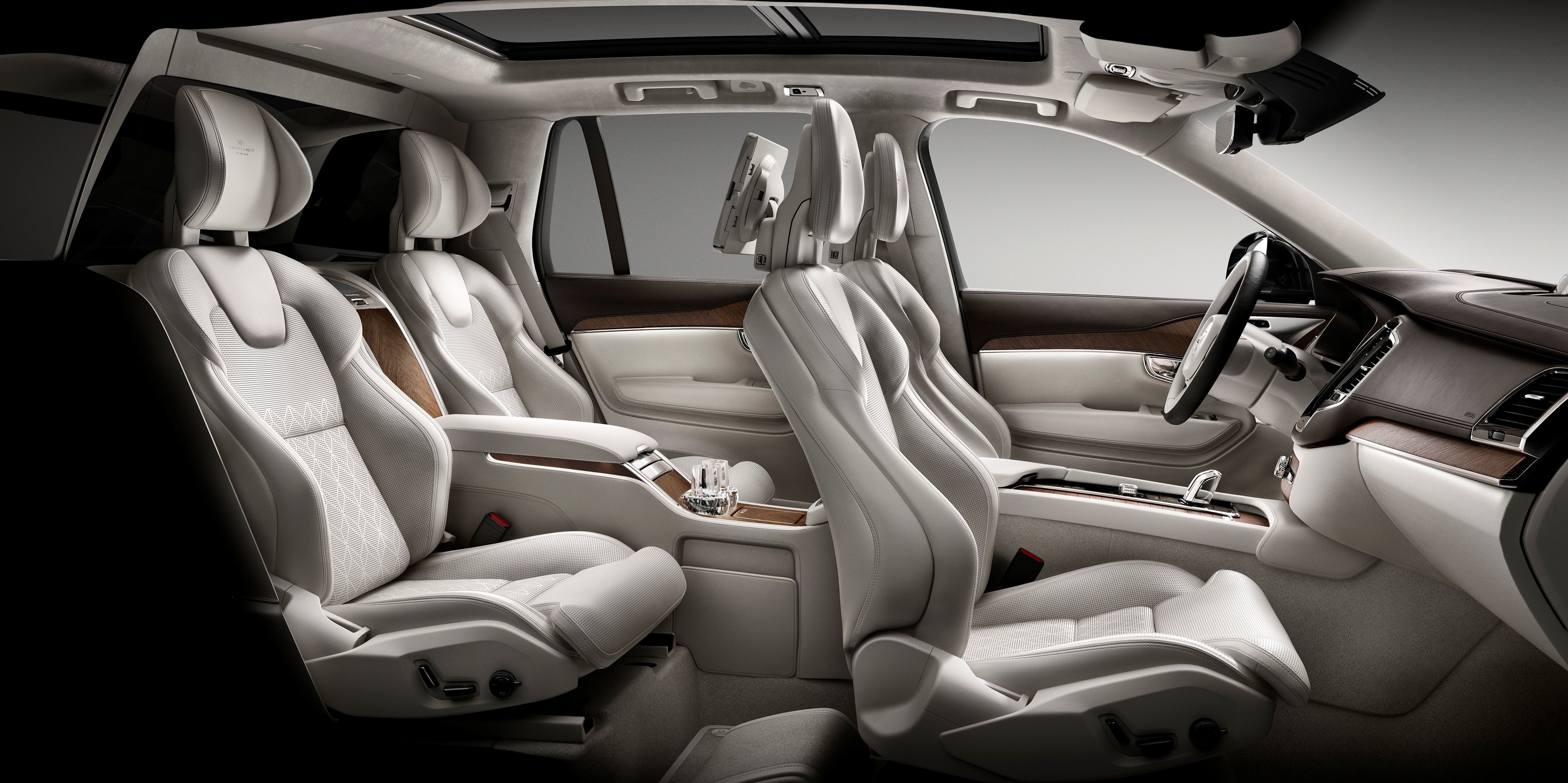 Volvo S New Luxury Suv Will Use Crystal Champagne Glasses To Take On Range Rover Volvo Xc90 Volvo Best Luxury Cars