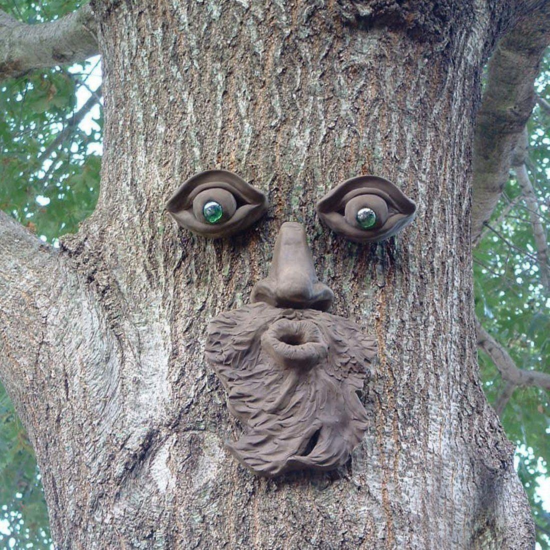 Funny Garden Tree Face Sculpture   Outdoor Yard Art Tree Tank Beard Green  Glass Eyes Face