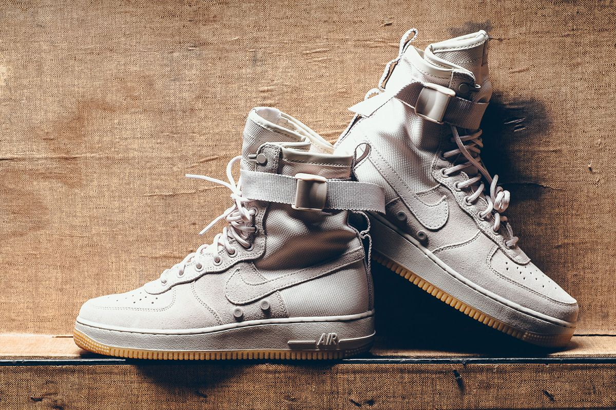 c54c956d55b Nike Special Field Air Force 1