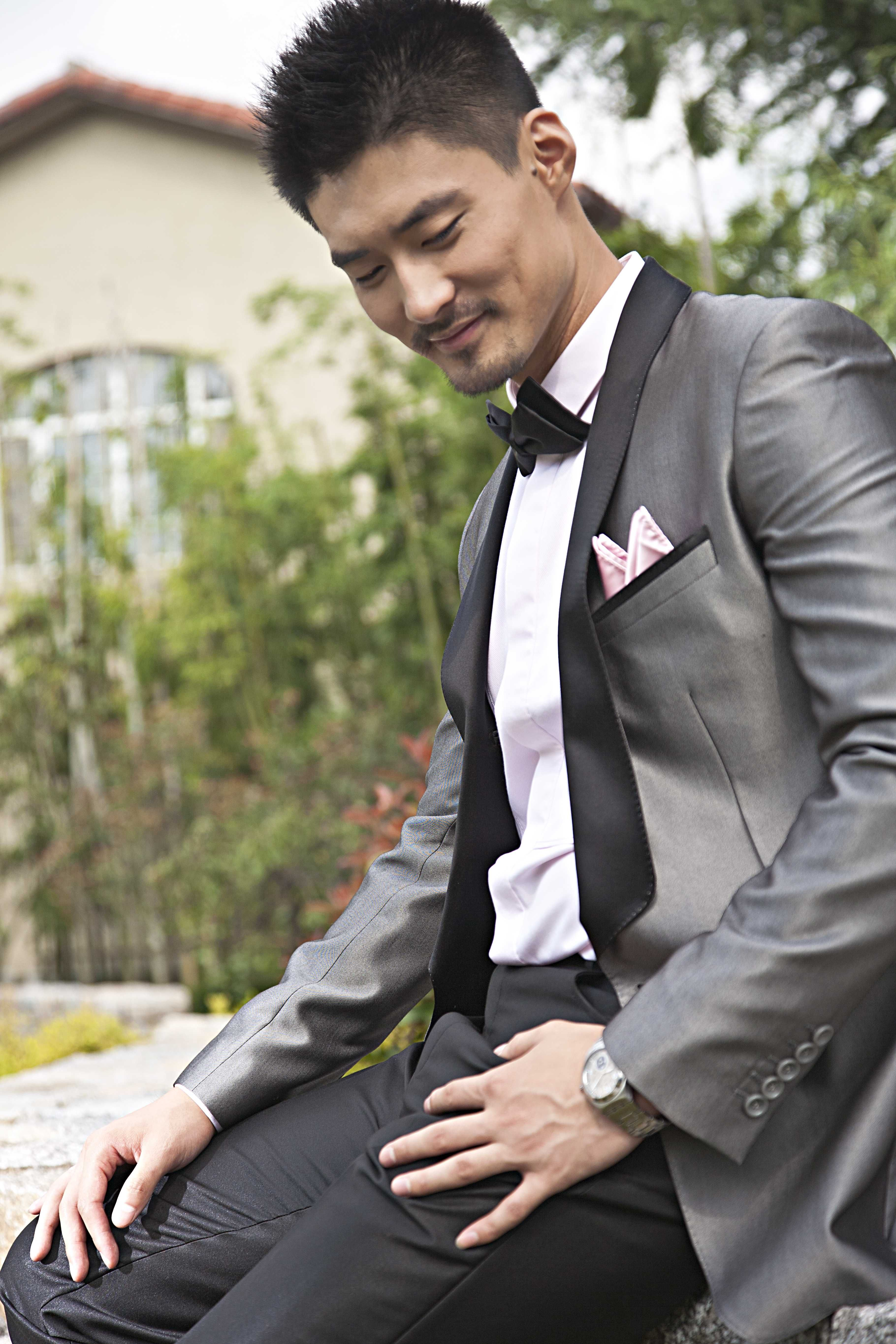silver tuxedo | Made to measure suit | Pinterest