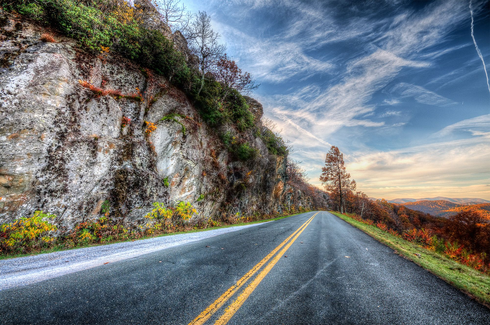 ...take me Home! Photo by Bill Dickinson @ SkyNoir