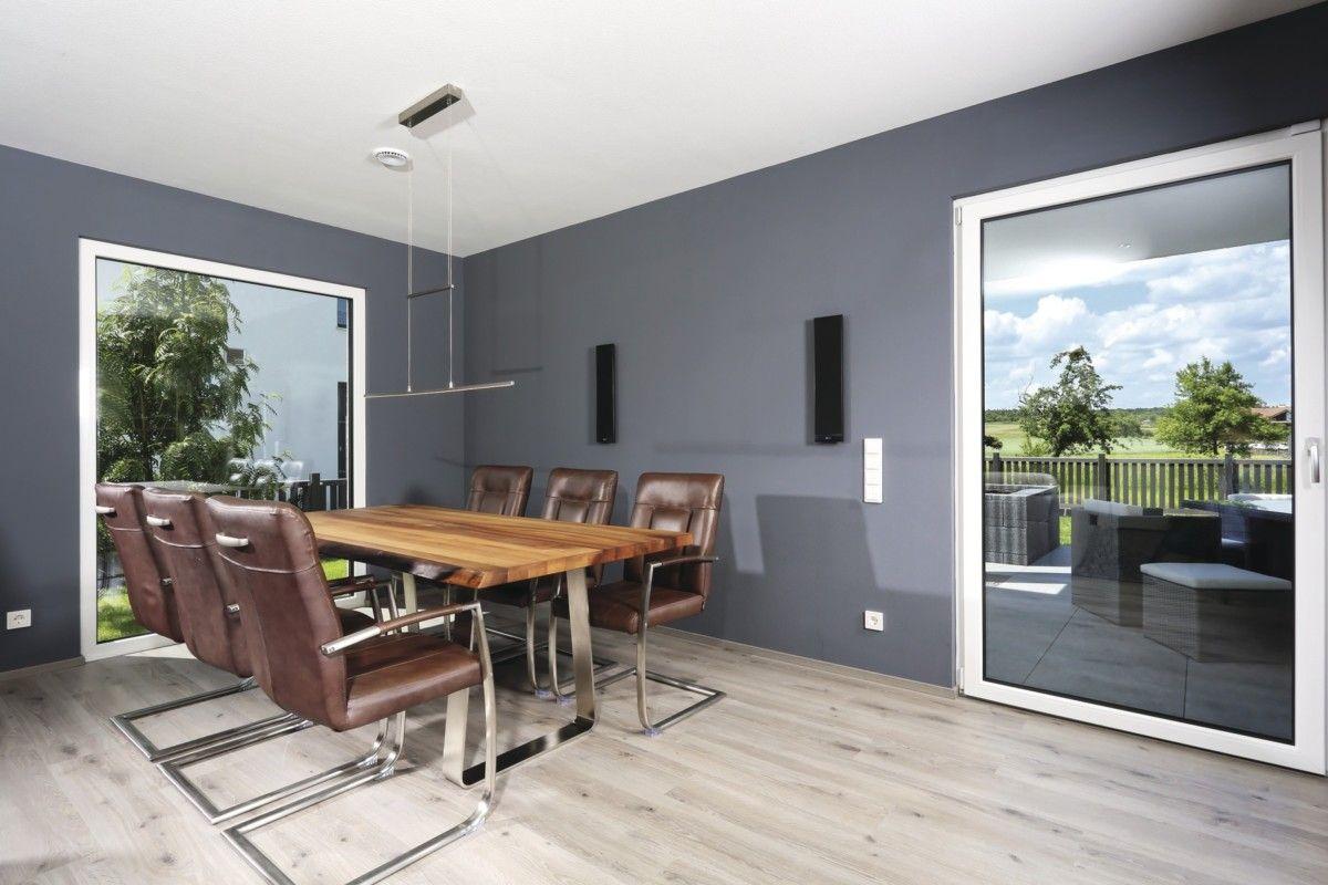 Esszimmer Wandgestaltung Grau Mit Holztisch