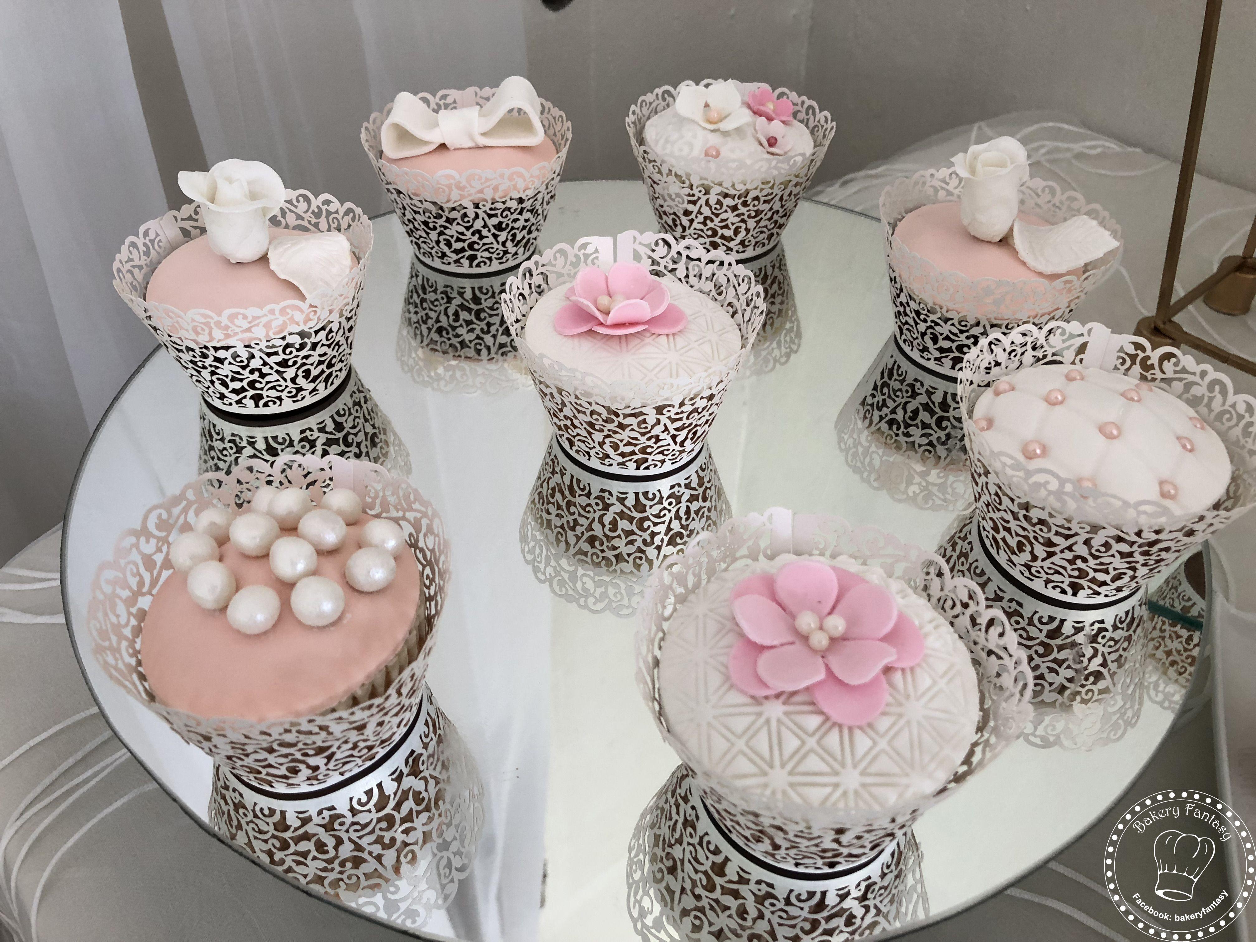 costaricawedding #bakeryfantasy #cupcakes #minicakes #weddingcake ...