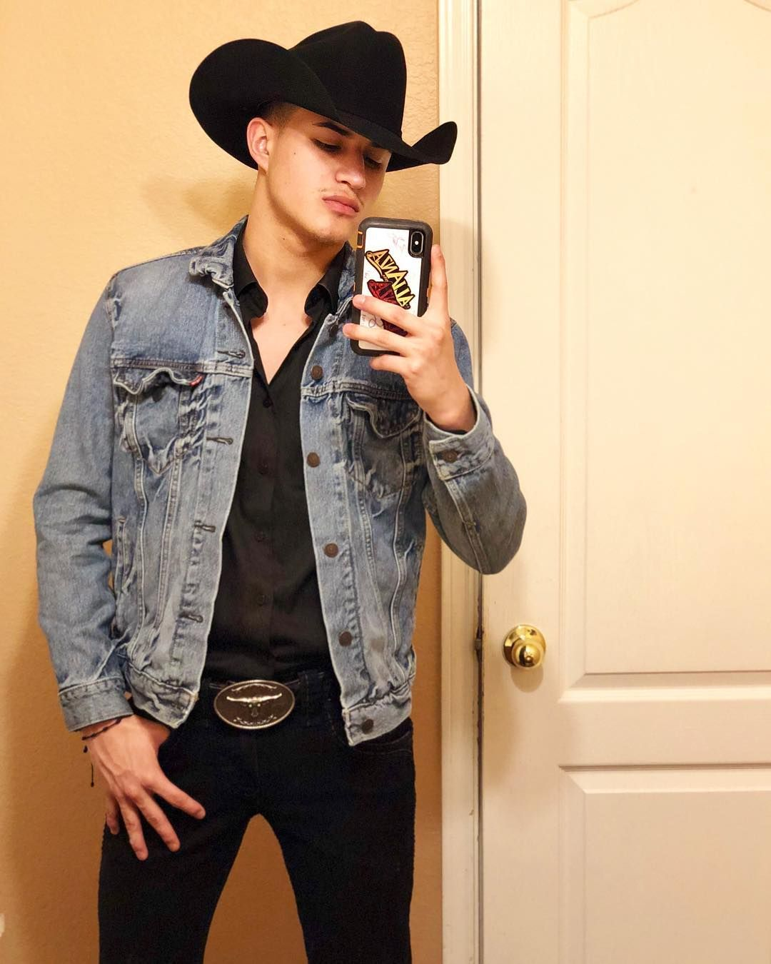Pin By Ruth On Takuaches Cowboy Outfit For Men Cowboy Outfits Mexican Outfit
