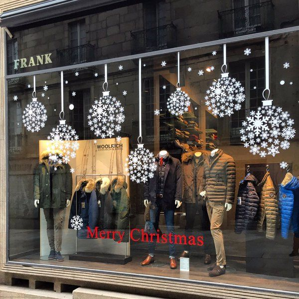 """Tons Of Christmas Decorating: FRANK CHICOS,Orense, Galicia,Spain, """"Christmas Baubles"""