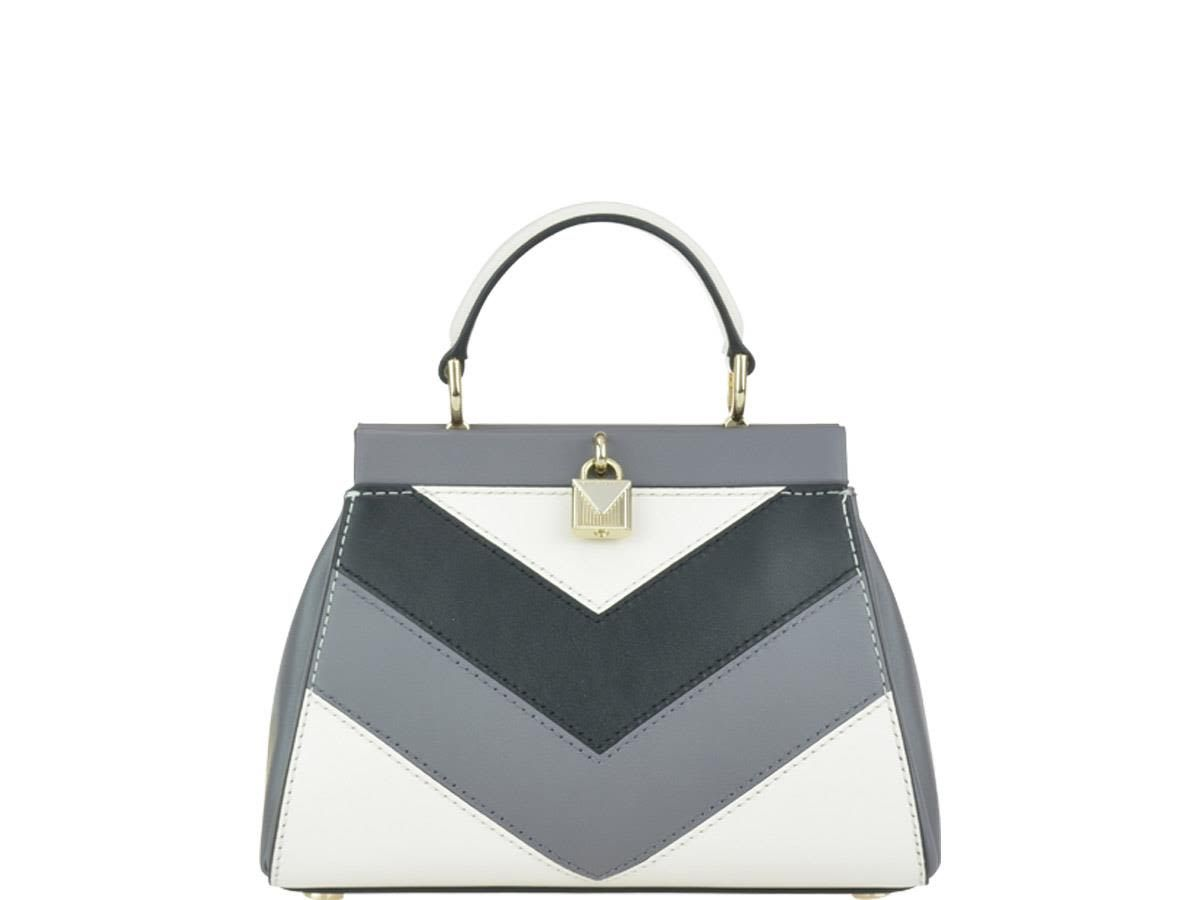eb53e4ce465e MICHAEL KORS GRAMERCY FRAME BAG.  michaelkors  bags  leather ...