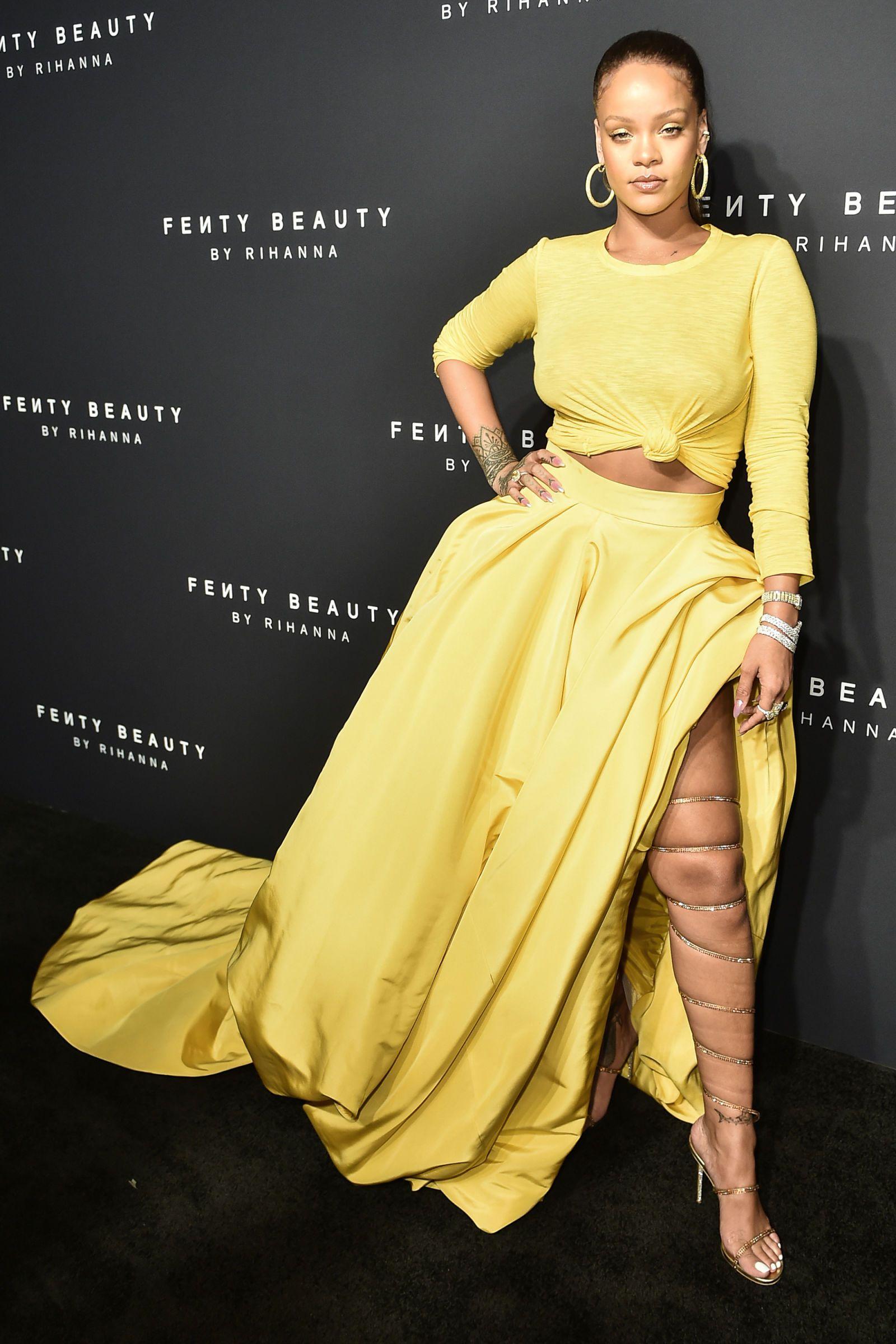 Yellow dress rihanna  Rihanna offers a modern take on uBeauty and the Beastus Belle