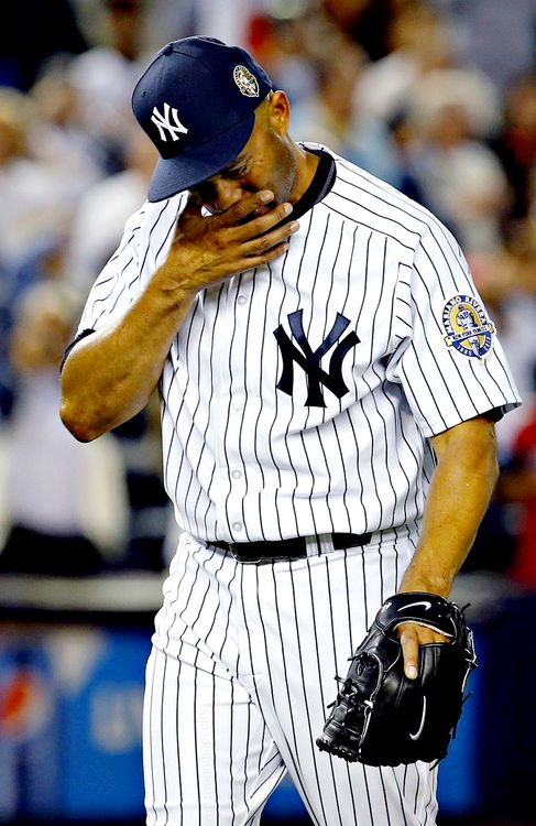 Mariano Rivera New York Yankees Mlb Players Yankees Baseball