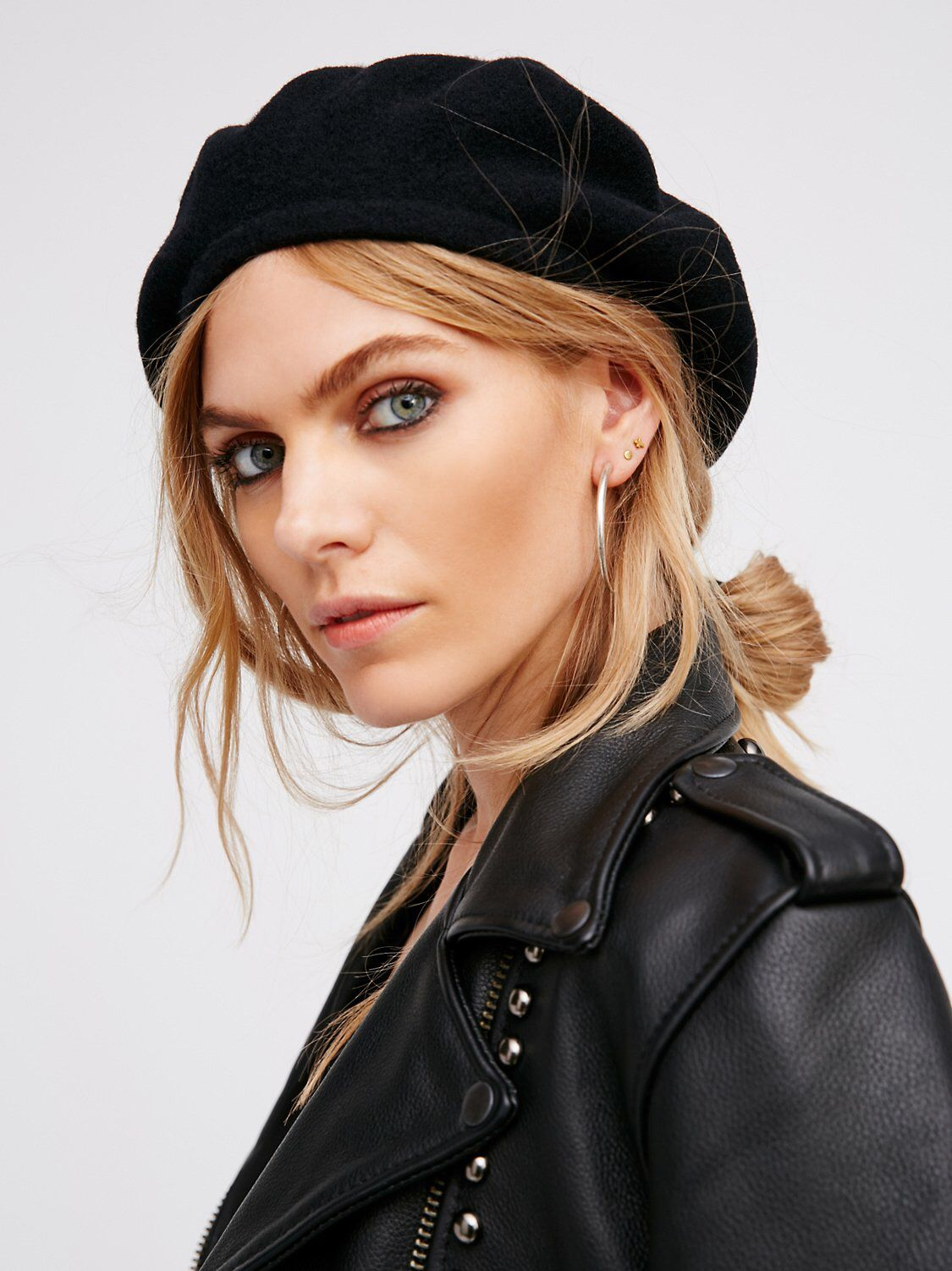 9708746b22770 Du Jour Beret from Free People!