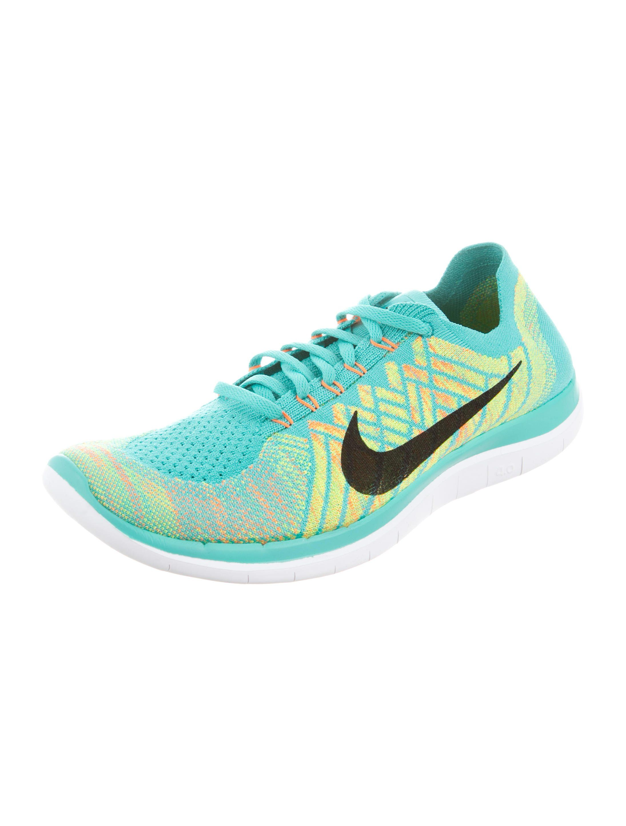 more photos 66af4 9f483 Free 4.0 Flyknit Sneakers | Street Styles Outfits | Sneakers ...