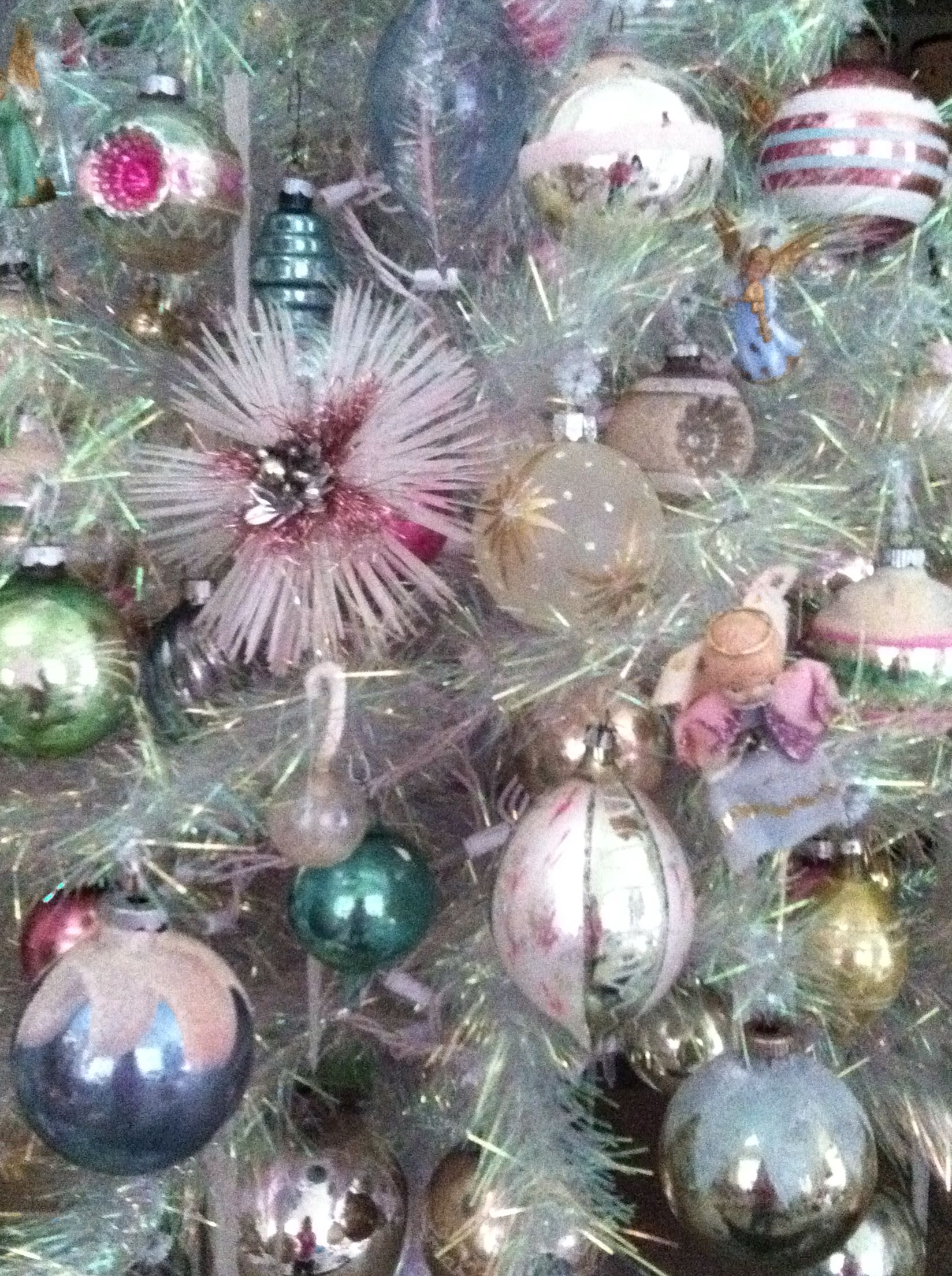 Mostly Vintage Ornaments On My Iridescent Tree Christmas Hanging Decorations Vintage Christmas Ornaments Christmas Spirit