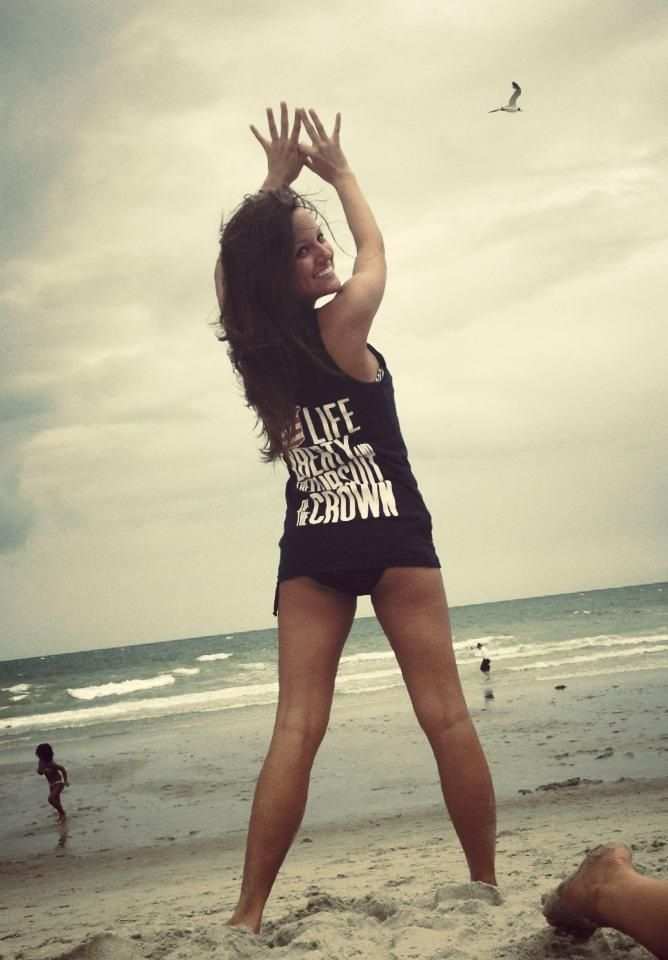 AlphaSigmaAlpha #ALAM #beach #ThrowWhatYouKnow #sorority #sisterhood ...