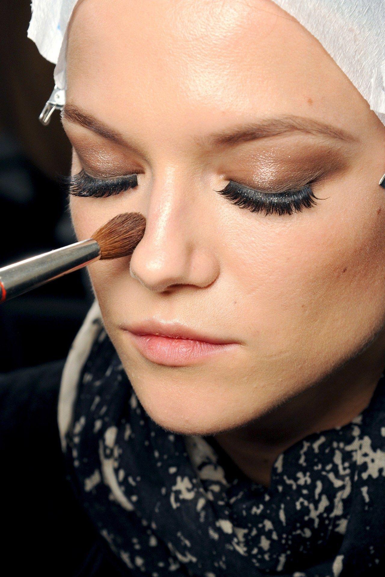 S/S 2013 GUCCI Bronze eyes were topped with heavy false