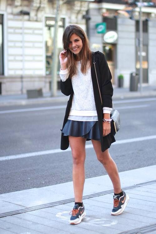 Beautiful girl + nike air max = ideal girl Style File  Style File