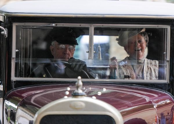 Downton Abbey Season 4 Filming: The Dowager in Bampton.