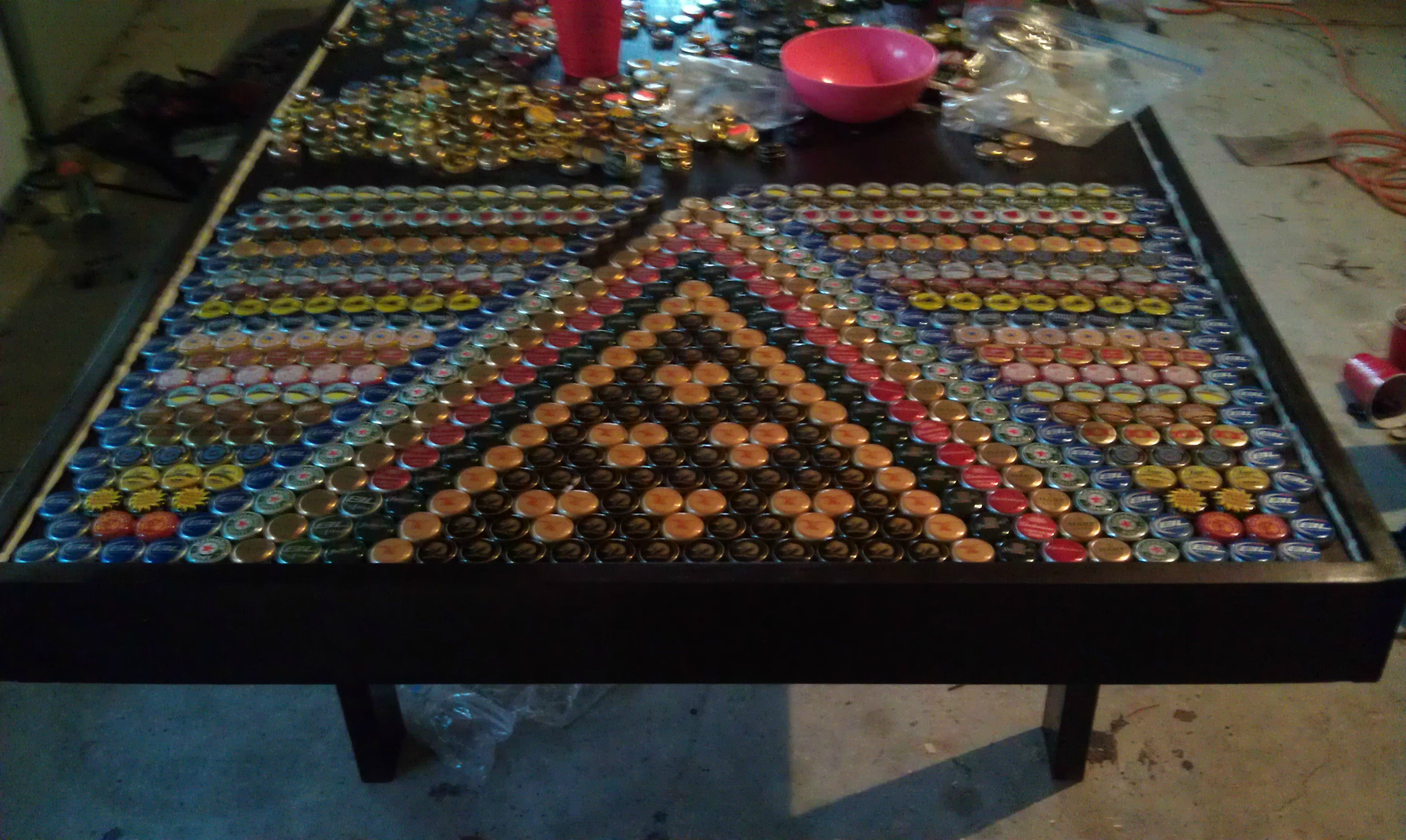 Bottle Cap Table Table bar Pinterest Bottle cap table and Bottle