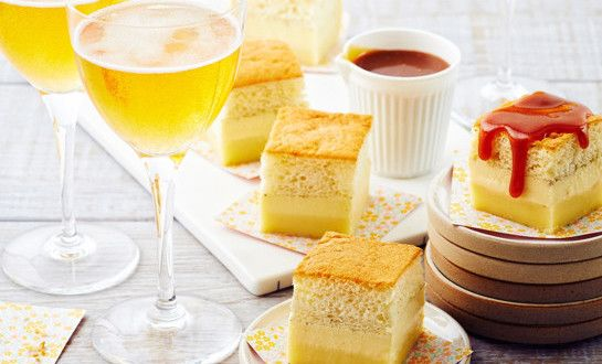 Magic cake au Cidre et son coulis de caramel | A Vos Assiettes