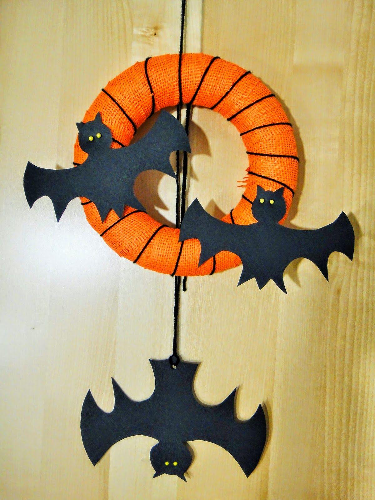 Ines Felix - Kreatives zum Nachmachen: Halloween-Türkranz mit Fledermäusen #geisterbasteln