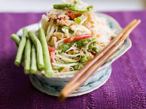 Papayasalat mit Bohnen und Shrimps ist ein Rezept mit frischen Zutaten aus der Kategorie Garnelen. Probieren Sie dieses und weitere Rezepte von EAT SMARTER!
