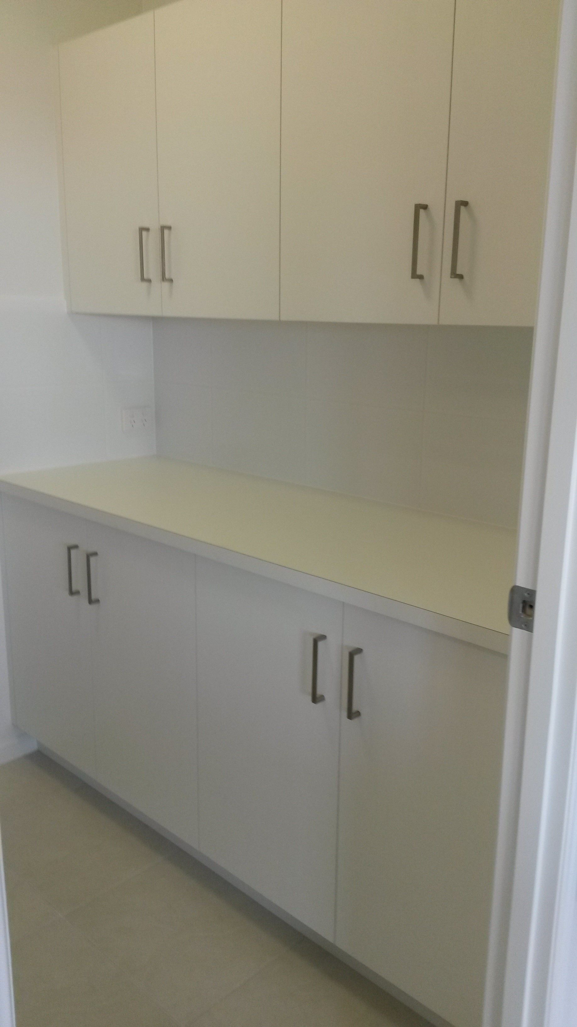 Butler's pantry with cabinetry - Awesome! | Kitchen design ...