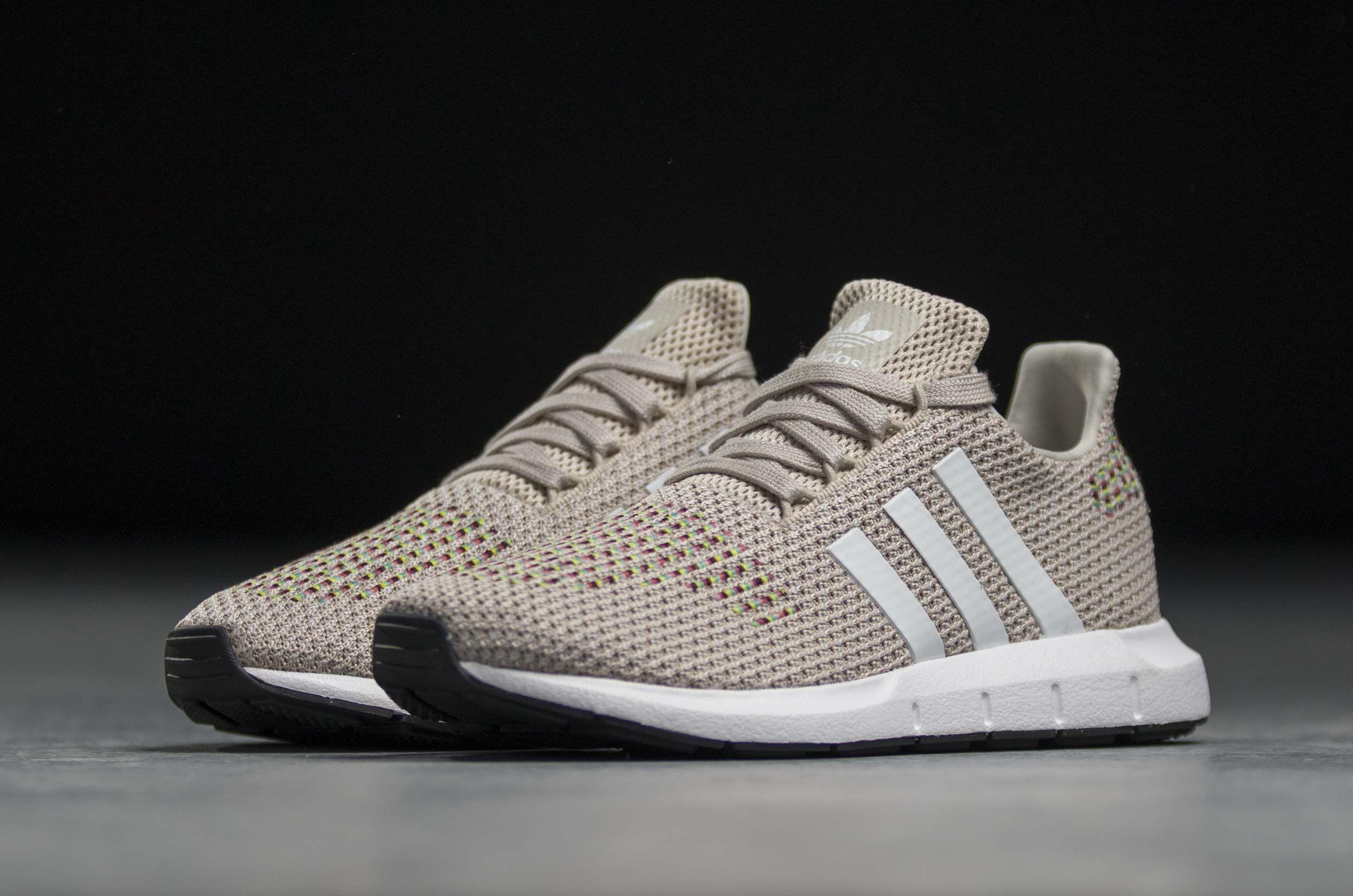 adidas Originals SWIFT RUN W CQ2024 Μπέζ | Παπούτσια